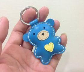 Jennifer the Bear Leather Keychain ( Blue )