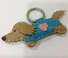 Mobo the dachshund Leather Keychain ( Cream / Blue Outfit )