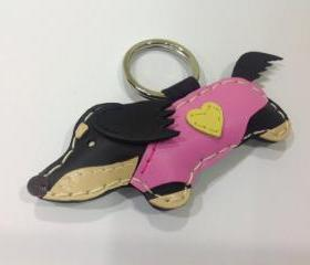YoYo the Running Dachshund Leather Keychain ( Black / Pink outfit )