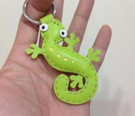 Joshua the Gecko leather keychain ( Lime Green )
